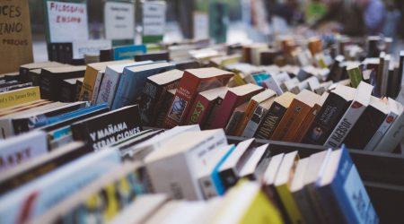 ¿Cómo comprar libros baratos?